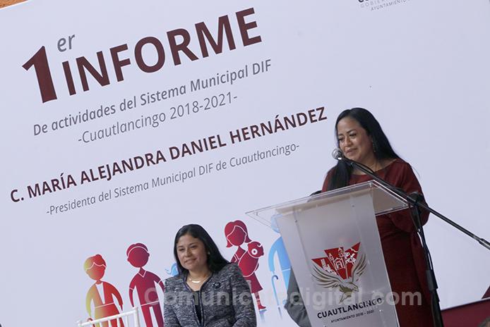 Alejandra-Daniel-rindio-su-Primer-Informe-11